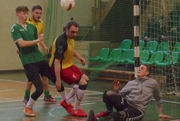 Pirmajame Prienų rajono salės futbolo pirmenybių ture – įvarčių gausa