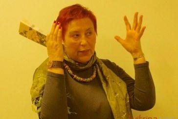 """Aldona Ruseckaitė """"Dūžtančios formos"""" – atsisukus į Vytauto Mačernio gyvenimą kitaip"""