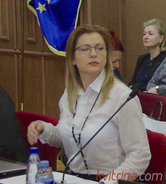 """Tarybos narė Jurgita Šeržentienė pasiūlė dėl """"Vytauto"""" komandos ėmimo balsuoti atskirai"""