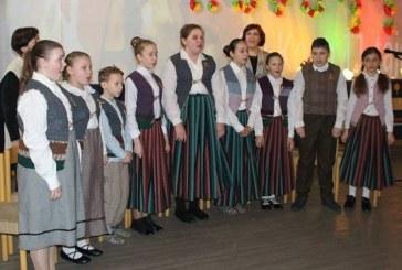Kašonyse paminėta Lietuvos valstybės nepriklausomybės atkūrimo diena ir partizano Adolfo Ramanausko-Vanago 100-osios gimimo metinės