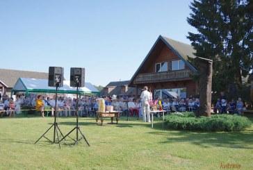 Matiešionių kaime paminėtos kalbininko Jono Kazlausko gimimo metinės. Įteikta jo vardo premija (Fotoreportažas)