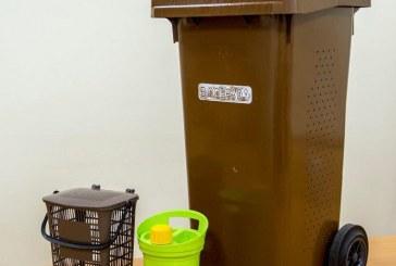 Birštono, Jiezno ir Prienų gyventojams dalijami maisto atliekų konteineriai