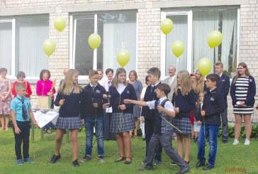"""Mokslo ir žinių šventė. """"Revuonos"""" pagrindinė mokykla (Fotoreportažas)"""