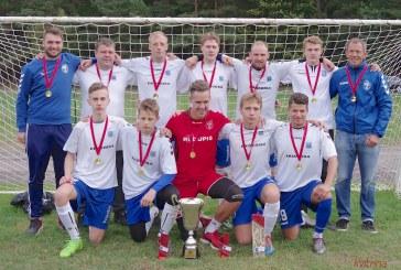 """FK """"Prienai"""" paskutiniame ture išvengė pralaimėjimo ir triumfavo čempionate"""