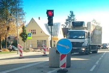 """Prienų rajono savivaldybės mero pavaduotojas: """"Judėjimas dviem eismo juostomis bus paleistas spalio 26 dieną"""""""