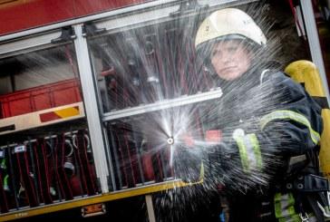 """Jos mus saugo. Ugniagesė gelbėtoja L. Lelevičiūtė: """"Laukiau net 12 metų, kad galėčiau dirbti trokštamą darbą"""""""
