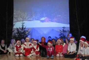 Kalėdų eglės įžiebimo šventė Jiezne (fotoreportažas)