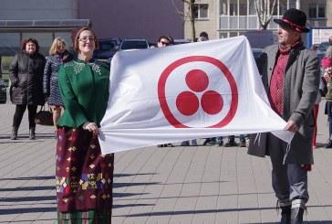 Prienuose pakelta Taikos vėliava