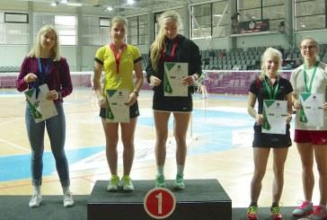 Prienuose susirinkę šalies badmintonininkai išsidalino trofėjus