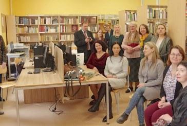 Bronės Buivydaitės vardo bibliotekos atidarymas Veiverių T.Žilinsko gimnazijoje (Fotoreportažas)