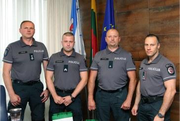Birštono PK pareigūnams – vertingos Lietuvos policijos generalinio komisaro dovanos