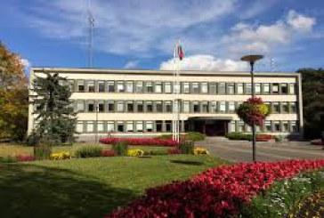 Birštono savivaldybės internetinė svetainė skelbia: 2015–2018 metų kadencijoje Taryboje dirbo 11 narių