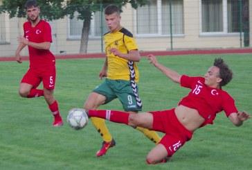 Lietuva – Turkija (U-18) futbolo rungtynės Birštono stadione. 0:3 (Fotoreportažas)