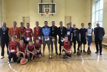 """Šv. Arkangelo Mykolo taurė – """"Paukščių galo"""" krepšininkams"""