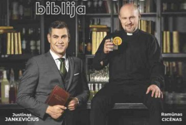 """Domino teatras pristato komediją """"Alkoholio biblija"""""""