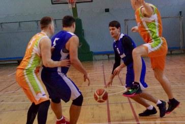 Po dviejų rajono krepšinio pirmenybių turų be pralaimėjimų žengia keturios komandos