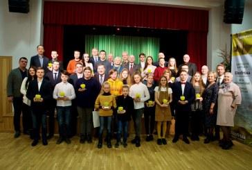"""Geriausiųjų krašto mokyklų sportininkų apdovanojimai """"Obuolys' 2020"""" (Fotoreportažas)"""