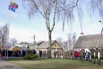 Jiezne atidengta dar viena atminimo lenta žuvusiems kovoje už nepriklausomą Lietuvą