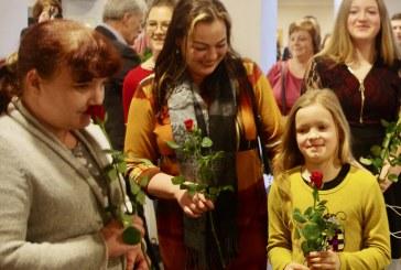 Prienų socialdemokratai sveikina su Kovo 8 d. (Fotoreportažas)