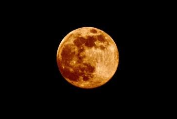 Mėnulis ir šviesa (Fotoreportažas)