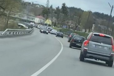 Nuo Greimų tilto bandė nušokti žmogus (patikslinta)