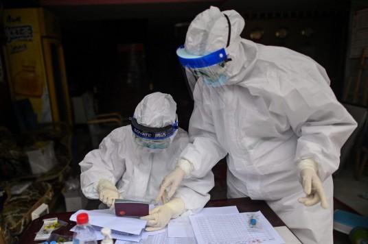 pasaulyje-plinta-koronavirusas-83920213