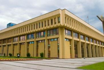 Seimas patvirtino pagalbą po karantino: naudą pajus1,4mln. Lietuvos gyventojų