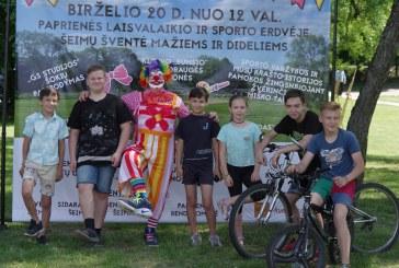 Šeimų šventė Paprienės sporto ir laisvalaikio erdvėje (Fotoreportažas)