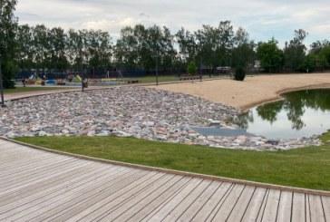 Stadiono viešajai erdvei suteiktas Beržyno parko vardas ir patikrintas vanduo tvenkinyje