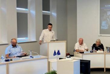 """Tarybos nariai išklausė krepšinio klubo """"Prienai"""" ataskaitą. Reakcijos įvairios"""