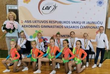 Aerobinės gimnastikos varžybose Marijampolėje – prieniškių prizinės vietos ir sėkmingi asmeniniai pasirodymai