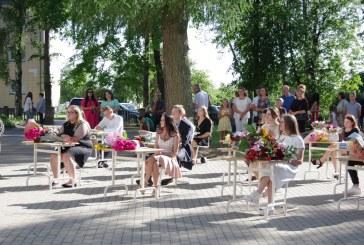Atestatų įteikimas Jiezno gimnazijoje (Fotoreportažas)