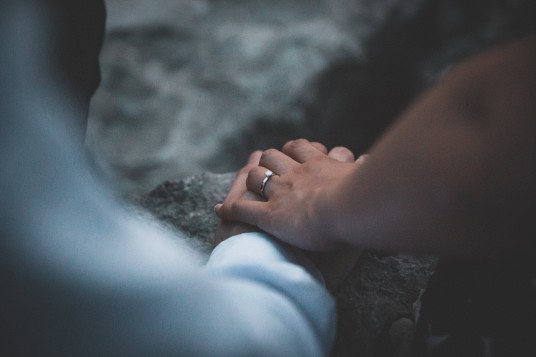 wedding-rings-couples-hands