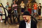 Dailininką, skulptorių Martyną Gaubą kalbina menotyrininkas Vidas Poškus.