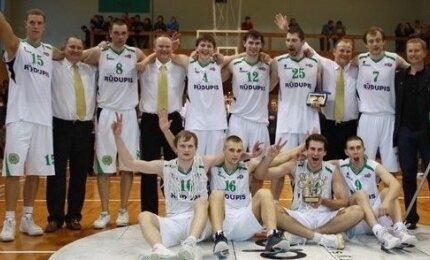 """Prienų """"Rūdupio"""" komanda - 2009 metų NKL čempionė"""