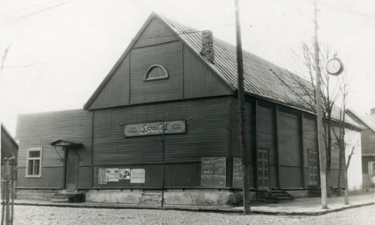 Liuteronų evangelikų bažnyčia sovietmečiu veikė kaip kino teatras Spalis