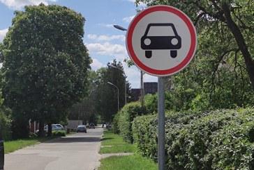 Birštonas draudžiamaisiais ženklais saugos gyventojų kiemus nuo turistų