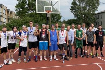 Pirmąjį Pakuonyje organizuotą 3×3 krepšinio turnyrą laimėjo svečiai iš Kauno