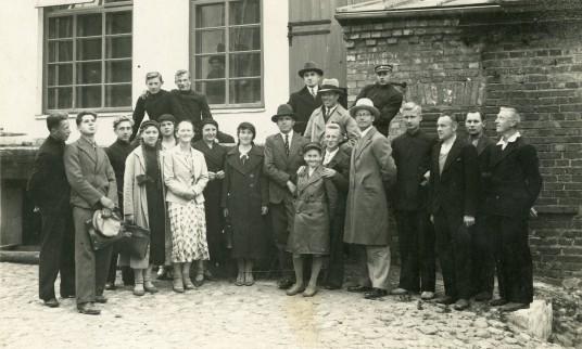 Prienų alaus bravoro darbininkai su B.Šakovu  1934.06.27