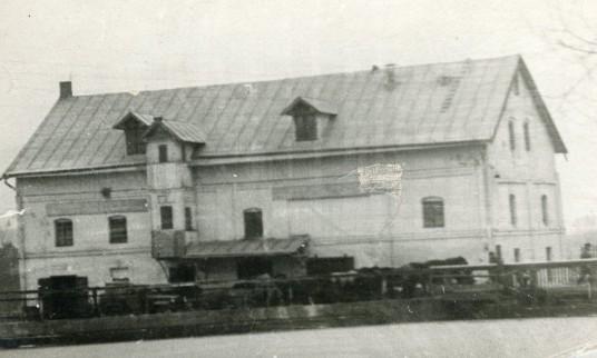 Seniausias Prienuose Bagranskio ir Abelsono mal8nas ir pirmoji elektros stotis