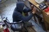Vyras, Birštone bandęs apvogti parduotuvę, buvo sulaikytas drąsios pardavėjos irpirkėjų