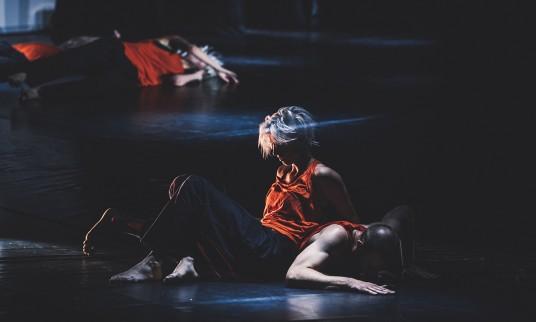 Aside. Šeiko šokio teatras. Foto Eglė Sabaliauskaite pagrindine